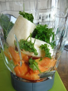 Mixed - neuen Smoothies - Papaya Petersilie (13)